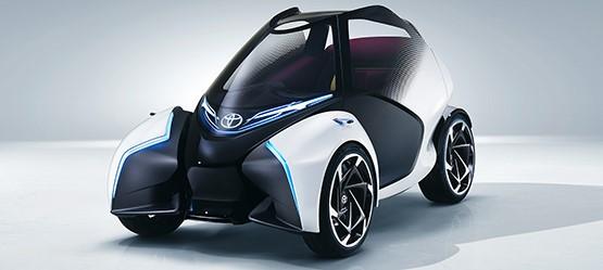 Concept-car Toyota i-TRIL : la voiture électrique tendance qui roule toute seule