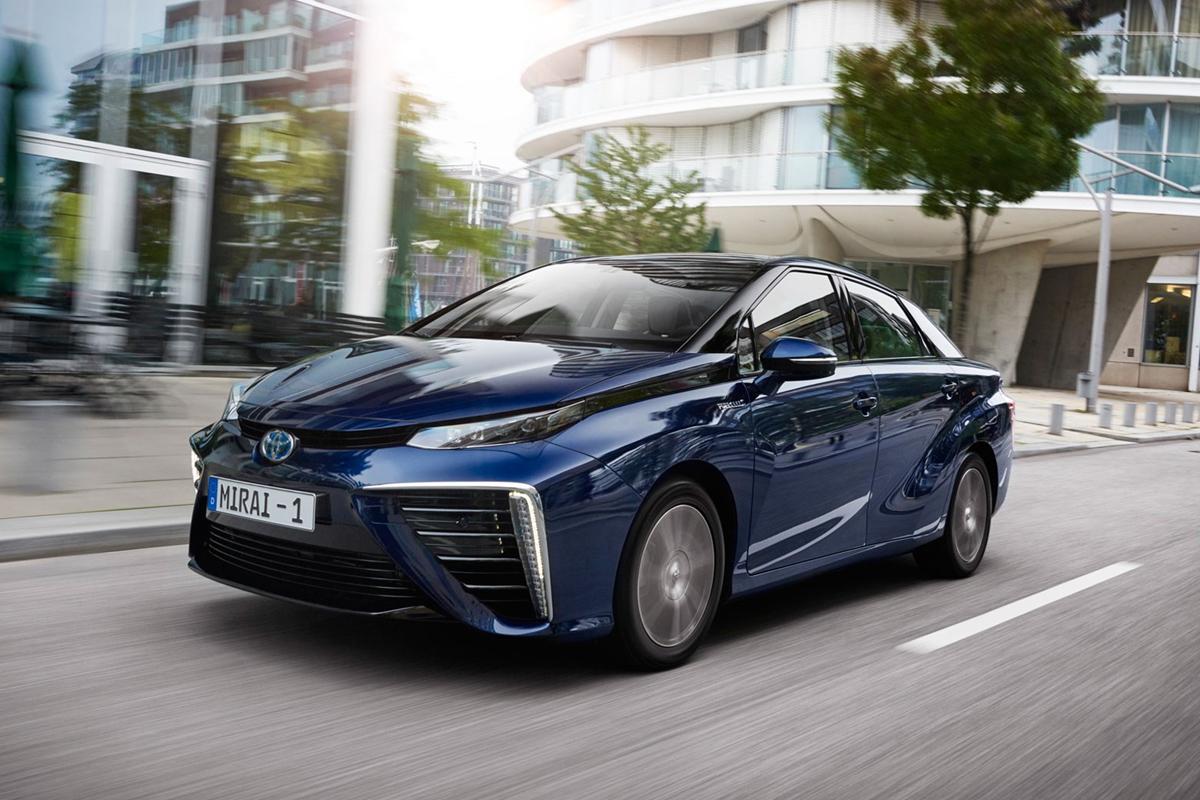 Toyota is met tal van innovatieve voertuigen voortrekker in de omschakeling naar waterstof als brandstof.