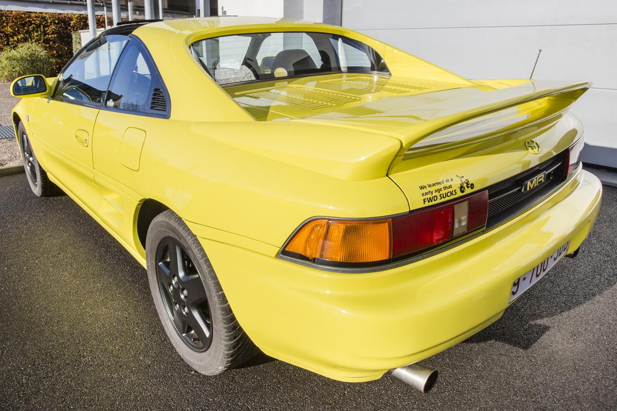 Ma Toyota & moi : Jurgen De Bruyne parle de sa première voiture, une Toyota Corolla de 1969, et de sa Toyota MR2 jaune.