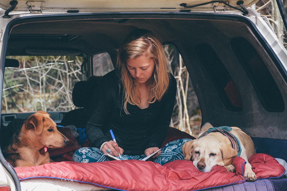 In haar Toyota Van uit 1987 leidt de Amerikaanse Kathleen Morton (32) het leven waarvan ze droomt: vrij, bewust en dicht bij zichzelf en de natuur.